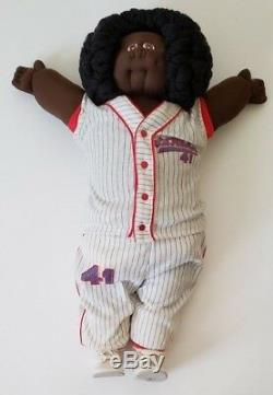 1978 Xavier Roberts Signed African American Little People Soft Sculpture Doll