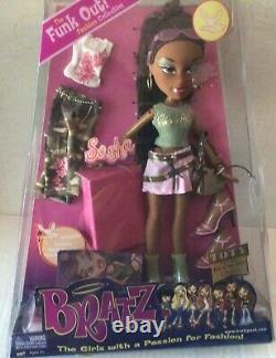 2004 Bratz Funk Out Sasha Fashion Collection NRFB