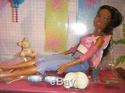 2006 Barbie Bed & African American Doll Bedroom Gift Set New