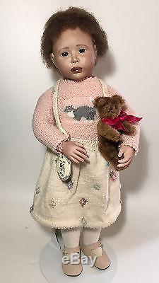23 Lynne Roche 1990 POPPY Mulatto African American Wood & Porcelain 10/250 doll