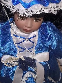 BEAUTIFUL AFRICAN AMERICAN COLONIAL ERA STYLE DOLL, NEW, With PEDESTAL