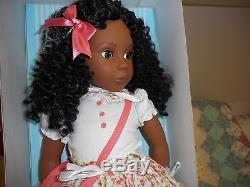BONNIE & PEARL 19 vinyl CLAUDIA African American girl