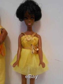 Beautiful African American Vintage Topper Dawn Doll Lot Van And Dale