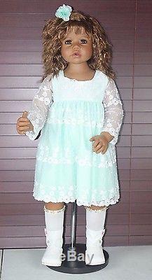 CALISTA by Monika Levenig Masterpiece Dolls African American Doll 34 Brunette