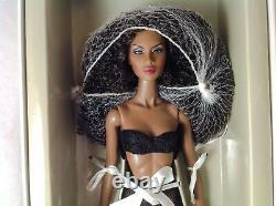 Faces of Adele 3.0 Doll FR Fashion Royalty Integrity Toys & Lingerie