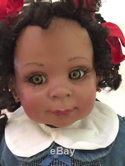 Fayzah Spanos Vinyl Doll Hugs 1994 African American 27 Dimples Sitting Baby 03