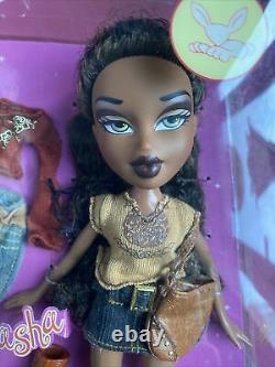 MGA BRATZ STYLE IT! SASHA 2003 Dressed Fashion Doll With Poster NIB NRFB Sealed