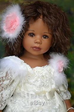 Masterpiece Dee Dee, African American Exclusive, Med. Brown Wig Monika Levenig