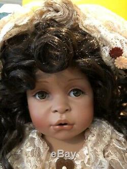 Masterpiece Gallery Pamela Erff ANTIQUE LACE AFRICAN AMERICAN Bride Doll EUC