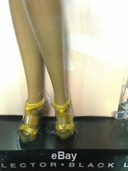 NEW City Shopper Barbie Doll African-American