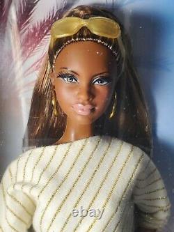 Nrfb Barbie Doll (n447) The Look City Shopper Brunette Aa Mbili Model Muse Mib
