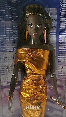 Nrfb Barbie (n807) The Look City Shine Bronze Dress Aa Mbili Model Muse Doll