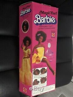 RARE Vintage 1981 MAGIC CURL African American Barbie Doll NRFB Steffie face New