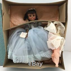 RARE Vintage Madame Alexander Rare 17 Leslie Doll African American Stunning