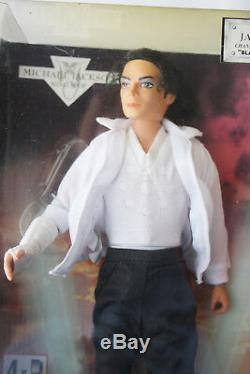 Rare 1995 Michael Jackson 12 Singing Doll Black Or White Street Life New Misb