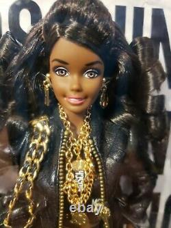 Rare African American Moschino Barbie Doll Aa 2015 Gold Label Mattel Dnj32 Nrfb