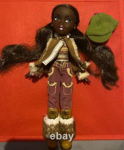 Rare! Bratz Campfire Felicia Doll MGA Entertainment + sweater