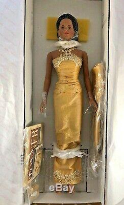 Robert Tonner American Model Doll African American Jasmine 19