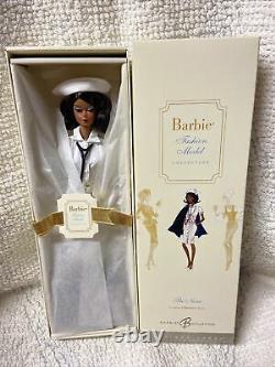 The Nurse Silkstone Barbie Doll Bfc Exclusive Platinum Label Mattel