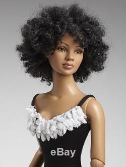 Tonner 22 AA American Model African American Basic NEW