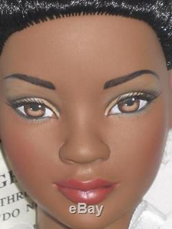 Tonner 22 American Model African American Basic NEW NRFB ONLY 300 ISSUED