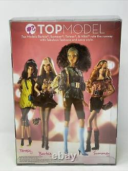 Top Model Nikki Barbie with Fashion Accessories AA