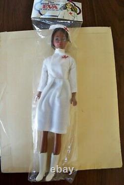 Vintage MIP Barbie CLONE STEFFIE FACE BLACK AFRICAN AMERICAN NURSE Hong Kong