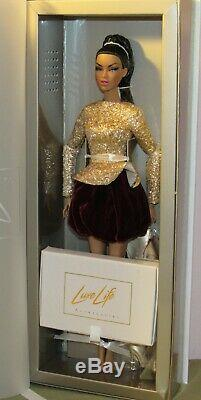Walking on Gold Adele Makeda Centerpiece Doll NRFB 2018 Luxe Life LE 450